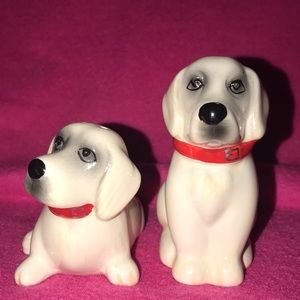 Dogs salt and pepper shaker set